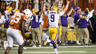 Joe Burrow festeja ante los Longhorns de Texas.