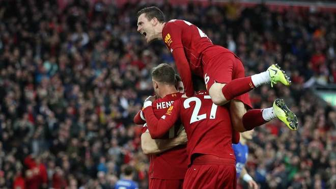(VIDEO) Liverpool empató con el United y se quedó sin récord